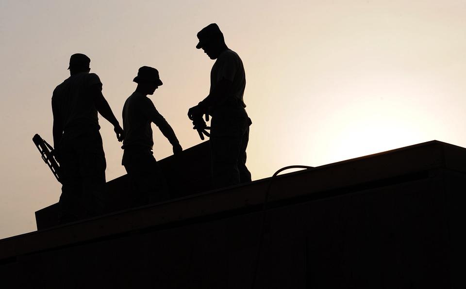 Percepire la disoccupazione e lavorare